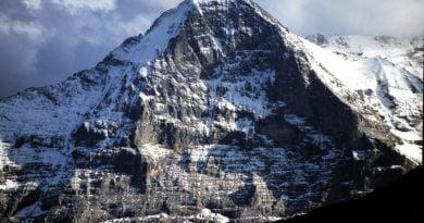 Нов филм с Джо Симпсън: Приказното мълчание на планината (ВИДЕО)