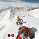 Алпинистите под Еверест наблюдават тревожно ледопада
