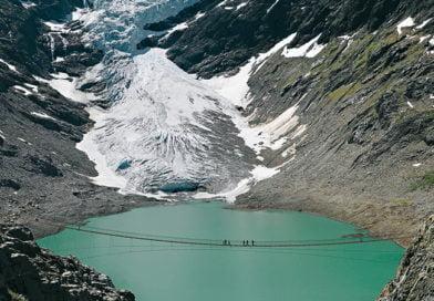 Глетчер се срути край швейцарски ски курорт