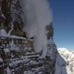 Трима световни алпинисти в неизвестност след лавинен инцидент в Канада