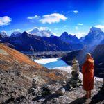 Страхът от коронавирус заплашва пролетния сезон на Еверест
