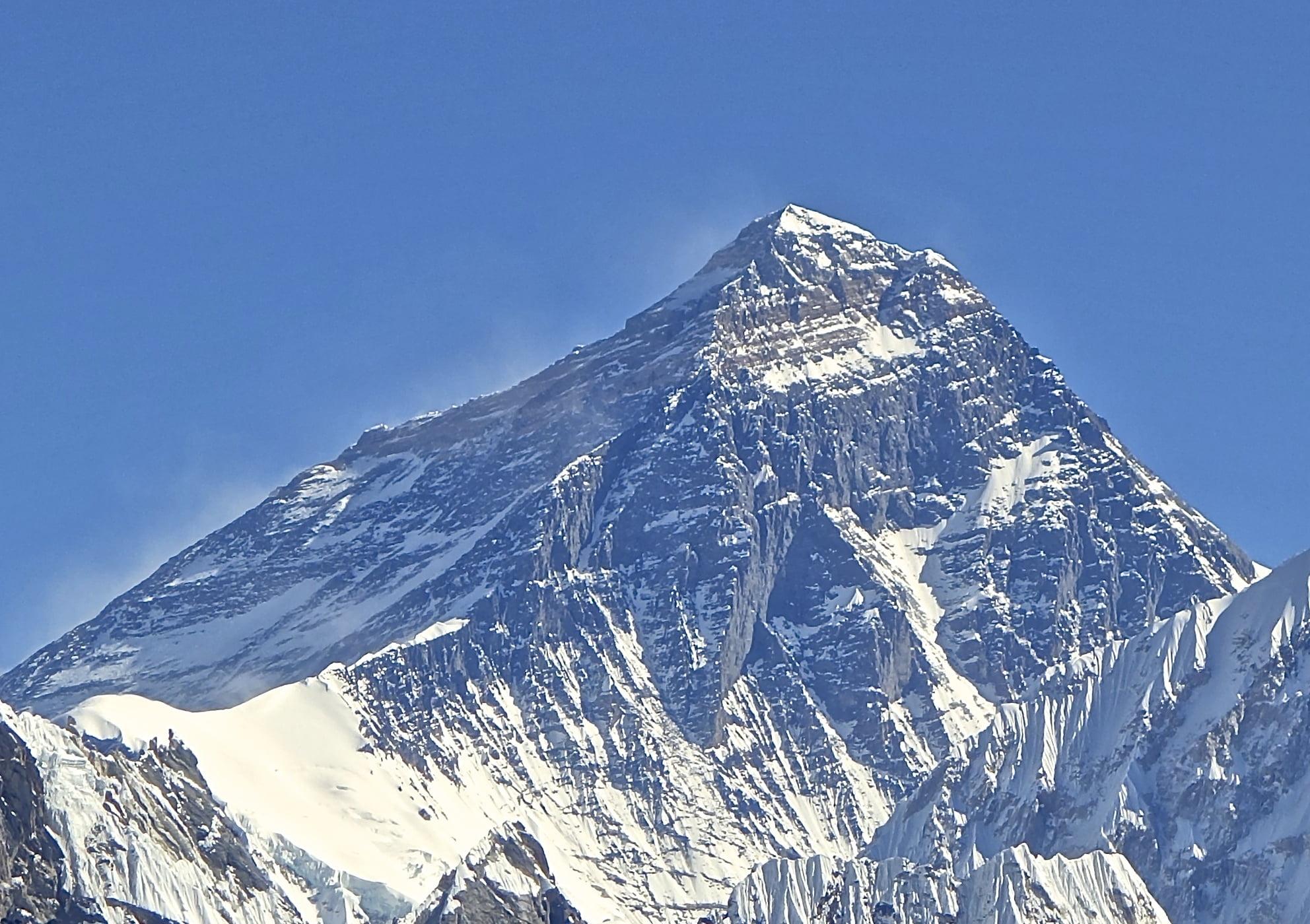 връх-еверест-хималаи