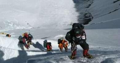 опашка от алпинисти на еверест