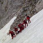 Три екипа на ПСС транспортират тялото на Делчо Делчев
