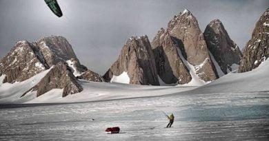 връх Спектър, Южен полюс